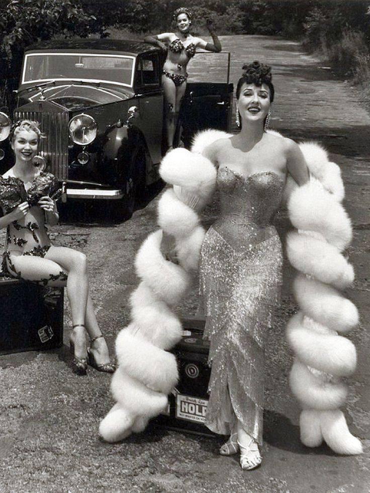Chinese Crested Hairless,Gypsy Rose Lee,June Havoc,American Hairless,Debra Woods