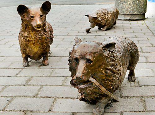 corgis,Pembroke Welsh Corgi,Christchurch,Queen Elizabeth,art,sculpture