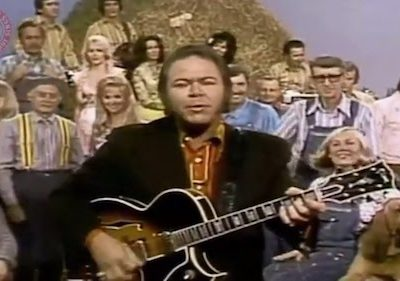 Roy Clark,Bloodhound,HeeHaw,TV,Beauregard the Wonder Dog, Kingfish the Wonder Dog, Buford the Wonder Dog
