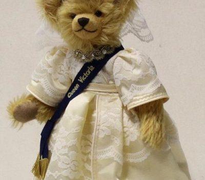 """Teddy Bear, Hermann Spielwaren,Queen Victoria,Chow Chow,President Theodore """"Teddy"""" Roosevelt"""