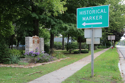 Marker, marker 282, Wisconsin, American Water Spaniel,Dr. F.J. Pfiefer